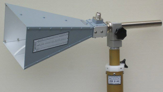 BBHA 9120 B Broad-Band Horn Antenna