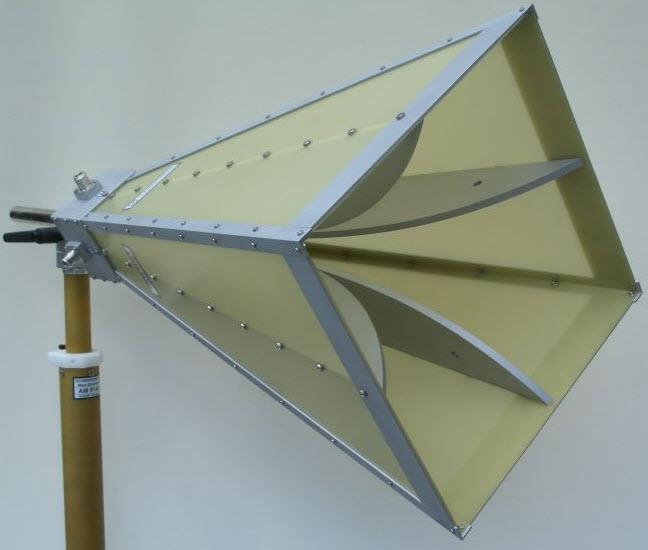 Schwarzbeck Dual Polarized Broadband Horn Antenna BBHX 9120 E